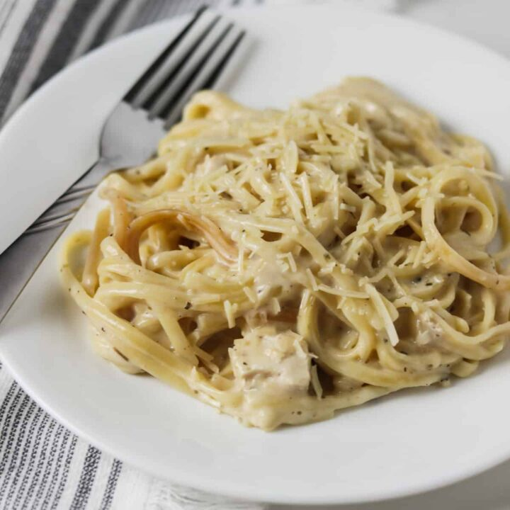 finished instant pot skinny chicken alfredo on fork