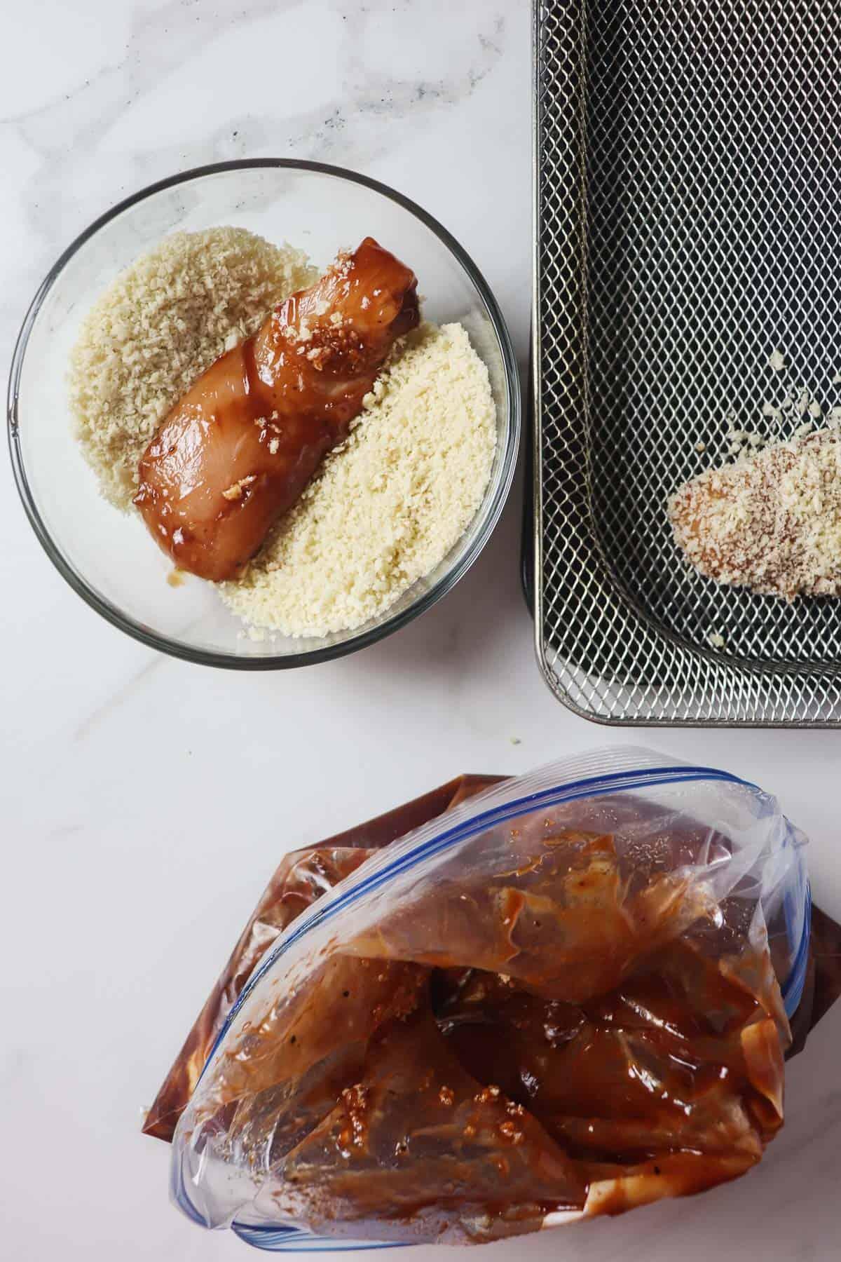 breading bbq coated chicken tenders with panko breadcrumbs